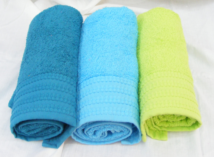 Pinat Eden Embroidered with Love Bath Towels - 480g