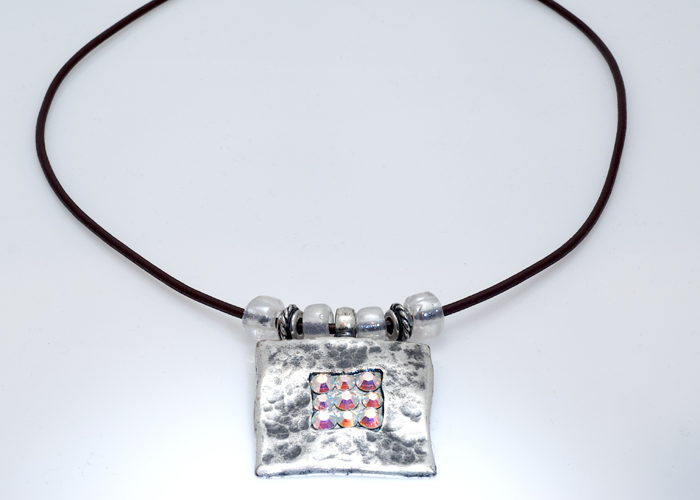 a1ba334f6b738 Buy Silver Pendant Necklace with Swarovski Crystals - Anava Jewelry ...