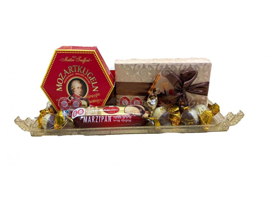 Festive Passover Gift Basket