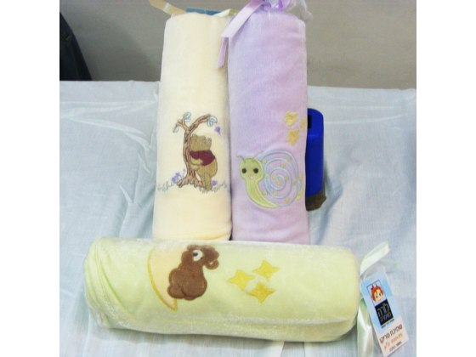 100% cotton Summer Weight baby blanket by Pinat Eden