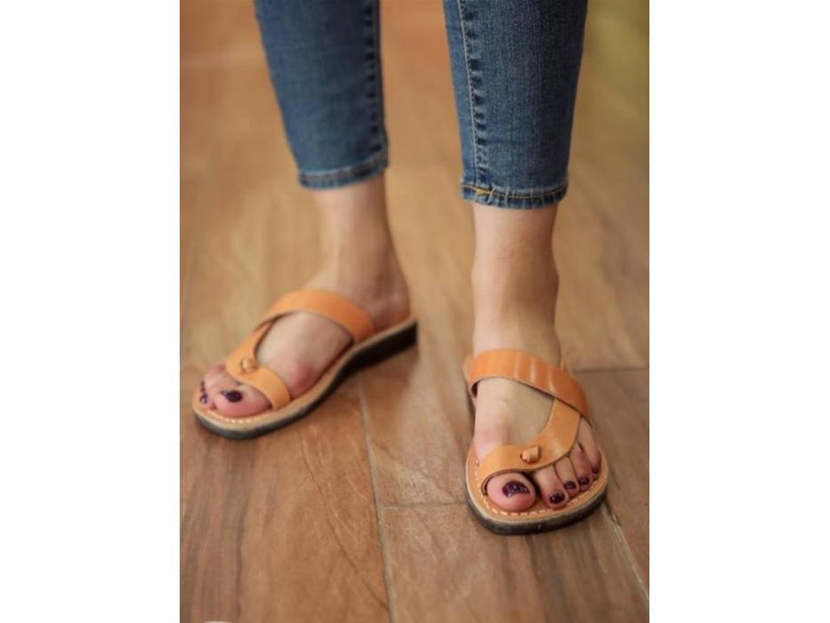 Camel/Tan Side Cross L-Toe-Separator Slip-on Sandals