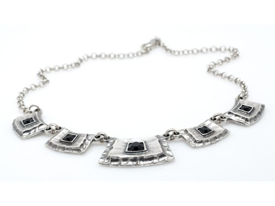 Hammered Edge Silver Plate Necklace & Bracelet Set - Anava Jewelry