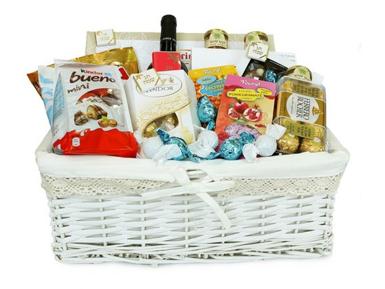 Luxurious and Delightful Sweetness Gift Basket