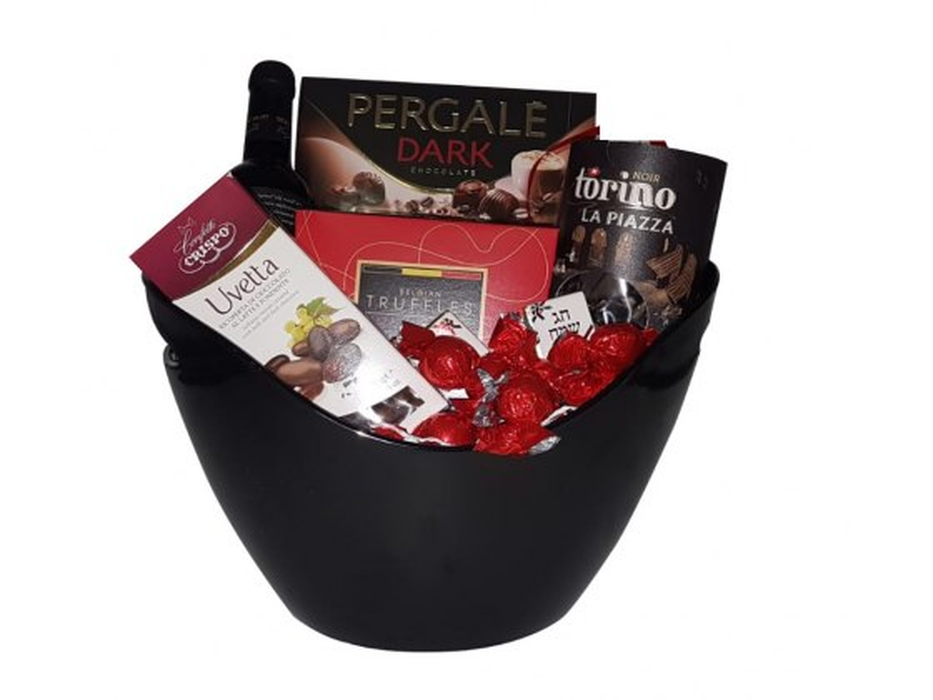 Dark and Elegant Gift Basket