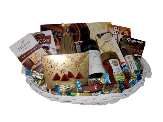 Sweet and Happy Holidays Basket