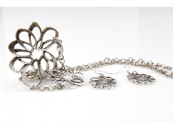 Silver Plate Flower Pendant Necklace & Earrings Set - Anava Jewelry