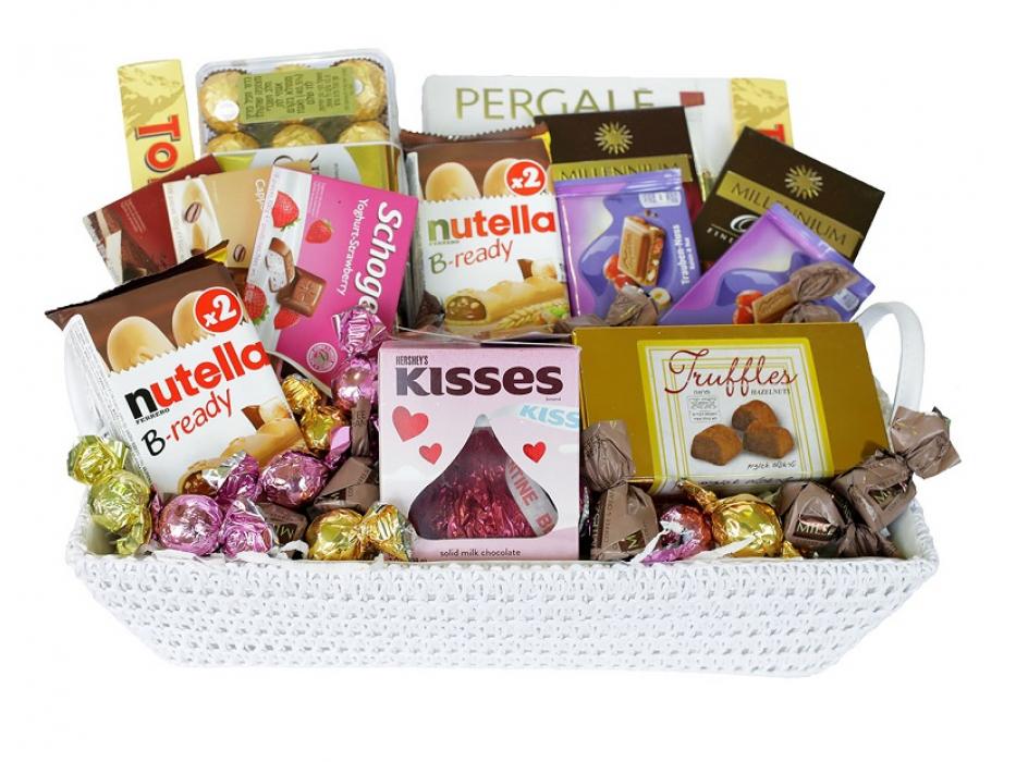Sweet Kisses Gift Basket