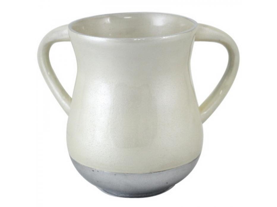 White Aluminum Elegant Washing Cup