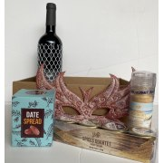Taste of Israel Purim Gift Box With Wine Salt Spices And Spread