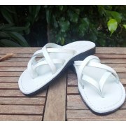 Leather Flip-Flop Sandal Carmel White