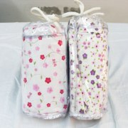 Flowered Crib Sheet Personalized by Pinat Eden