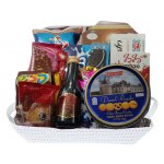 Mishloach Manot Gift Basket with Wine